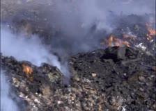 Горящи боклуци обгозавят квартал Север