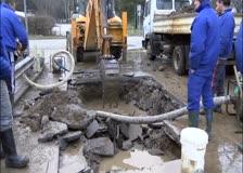 Голяма авария на водопровода отстраняваха вчера служители  на ВиК