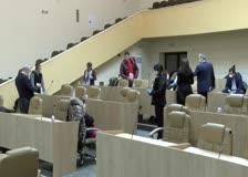 Вчера общинският съвет заседава на ръба на кворума